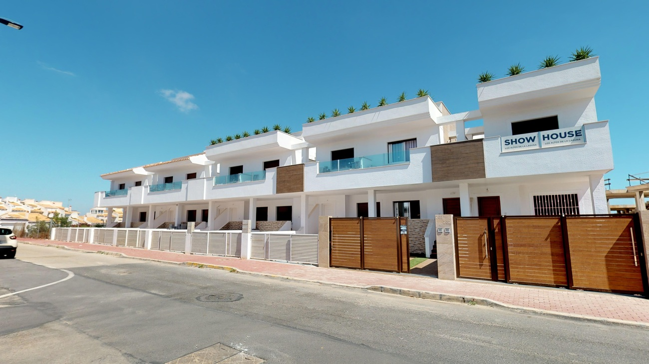Ref:EAC1000043 Townhouse For Sale in Torrevieja